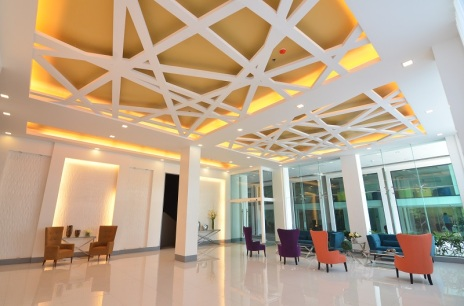 4 GRAND_LOBBY-international management school